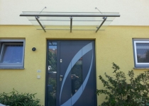 Überdachung aus Edelstahl, Eindeckung mit Sicherheitsglas