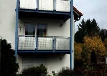 Balkon aus Edelstahl mit Lochblechelementen - Schlosserei Schaaf